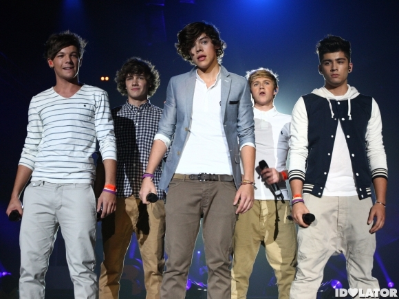 File:One-Direction-BBC-teen-awards-performing.jpg
