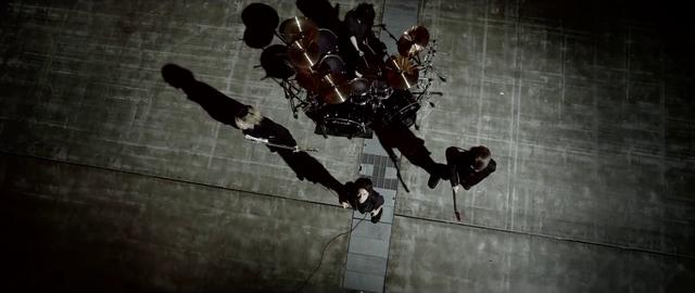 File:Mighty Long FallMusic Video screenshot 134.png