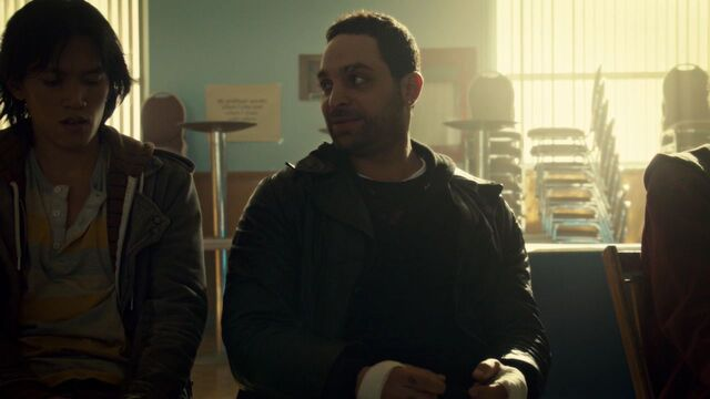 File:OrphanBlackS01E10 1142.jpg