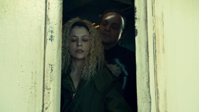 File:OrphanBlackS01E07-0737.jpg