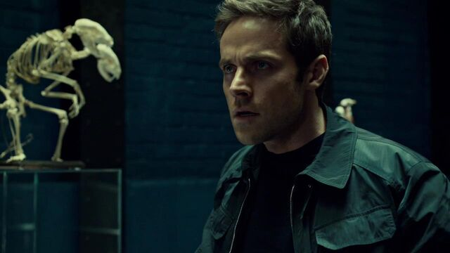 File:OrphanBlackS01E07-2250.jpg