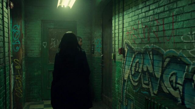 File:OrphanBlackS01E08-2108.jpg