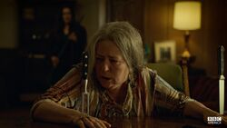 OrphanBlack-Episode2-Knives-1024x576