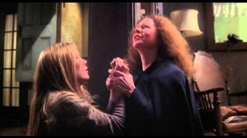 Carrie (1976) Trailer (Sissy Spacek, Piper Laurie and Amy Irving)