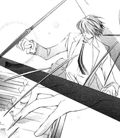 File:Tamaki plays the piano.png