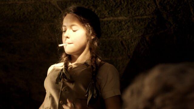 File:S01E01-Screencap6.jpg