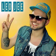 LeoJee It's my life