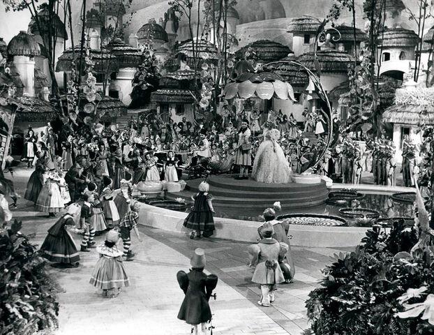 File:Annex - Garland, Judy (Wizard of Oz, The) 07.jpg