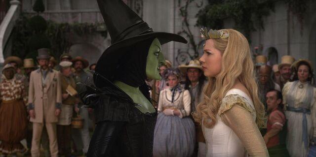 File:Glinda vs theodora.jpg