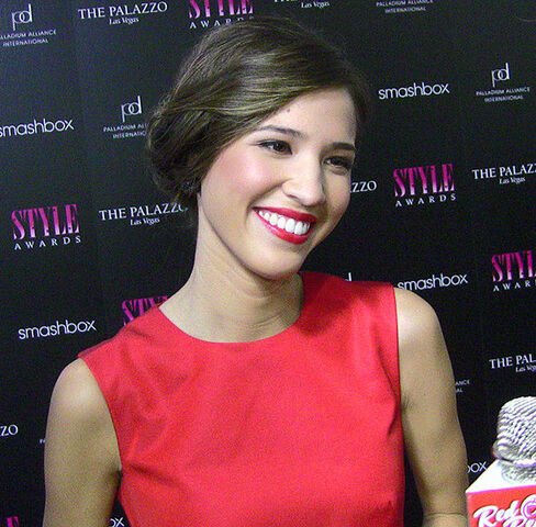 File:610x-Kelsey Chow.jpg