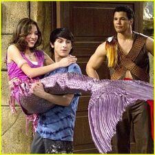 Kelsey-chow-mermaid-tail (1)