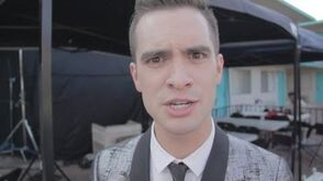 Panic! At The Disco Miss Jackson (Beyond The Video)