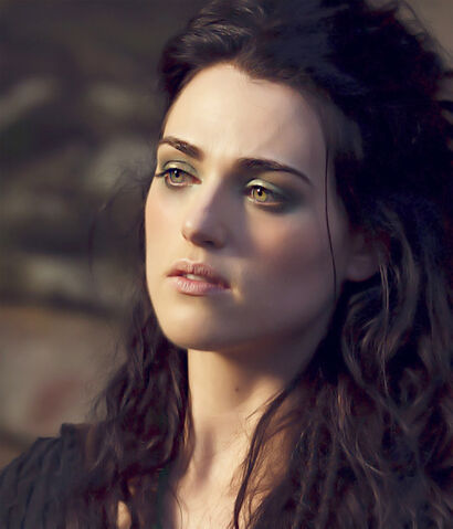 File:Katie-as-Morgana-S4-katie-mcgrath-28647531-500-584.jpg