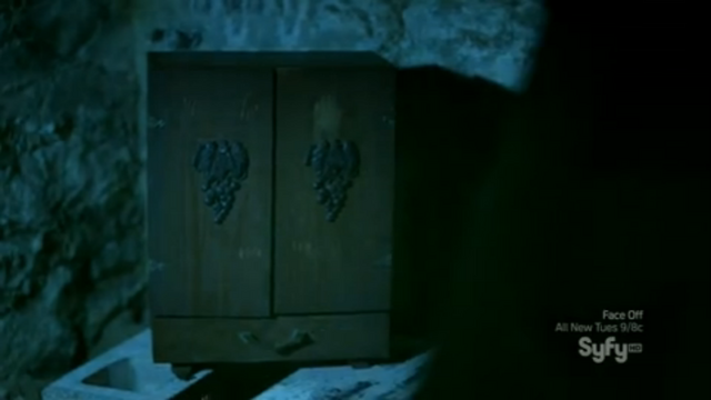 File:The Dybbuk Box.png