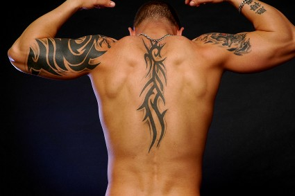 File:Upper back tattoos for men tribal 2.jpg