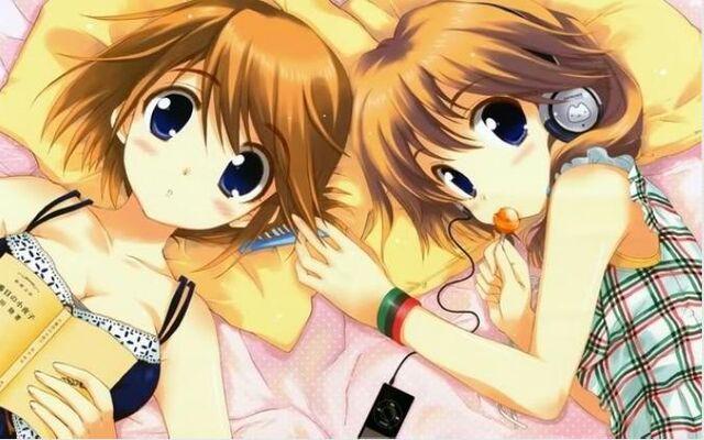 File:Twin girls.JPG