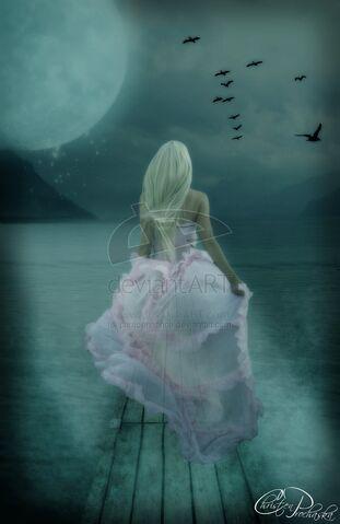 File:Ghost of White Rock Lake by photoenhance.jpg