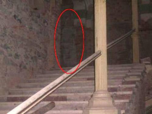 File:Decebal-hotel-ghost.jpg