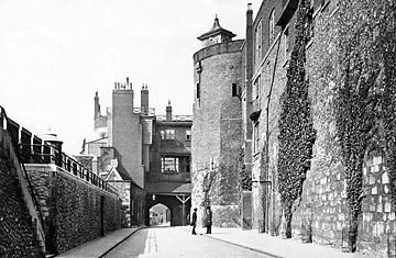File:Haunted places london tower.jpg