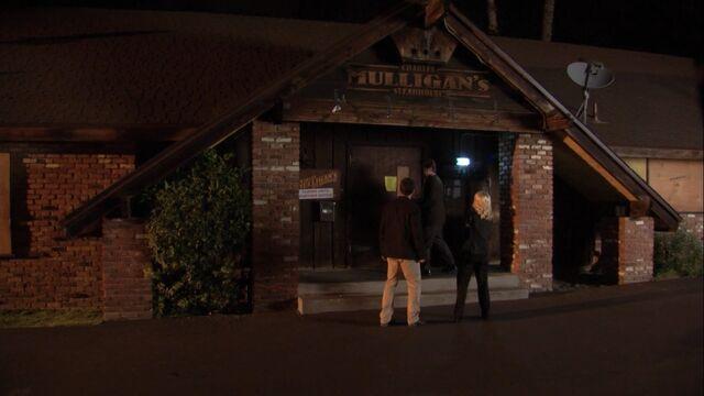File:Charles Mulligan's Steak House 3.jpg