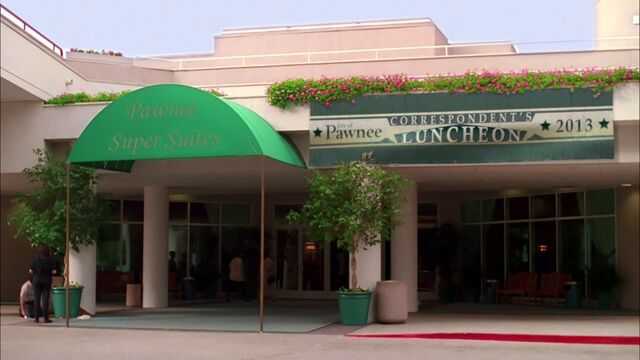 File:Pawnee Super Suites 2.jpg