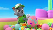 PAW.Patrol.S01E21.Pups.Save.the.Easter.Egg.Hunt.720p.WEBRip.x264.AAC 926125