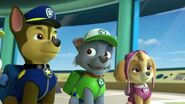 PAW.Patrol.S01E15.Pups.Make.a.Splash.-.Pups.Fall.Festival.720p.WEBRip.x264.AAC 249783