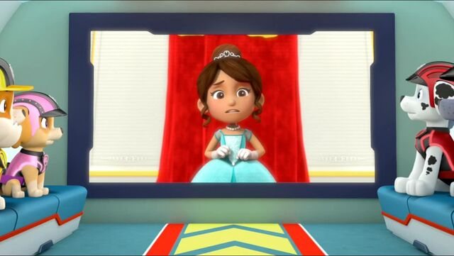 File:Royal Throne 68.jpg