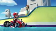 PAW.Patrol.S01E15.Pups.Make.a.Splash.-.Pups.Fall.Festival.720p.WEBRip.x264.AAC 492192