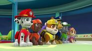 PAW.Patrol.S01E16.Pups.Save.Christmas.720p.WEBRip.x264.AAC 489089