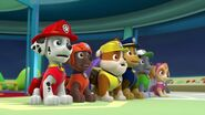 PAW.Patrol.S01E16.Pups.Save.Christmas.720p.WEBRip.x264.AAC 473006