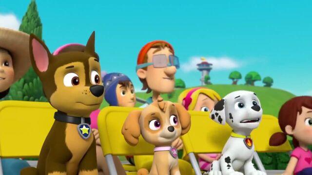 File:PAW Patrol Season 2 Episode 10 Pups Save a Talent Show - Pups Save the Corn Roast 529362.jpg