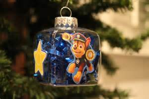 File:Chase ornament.jpg
