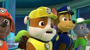 PAW.Patrol.S01E16.Pups.Save.Christmas.720p.WEBRip.x264.AAC 498665