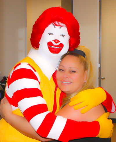 Ronald McDonald, Eva Rinaldi (7041595945)