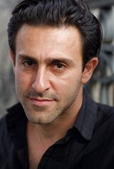 Arash Mokhtar