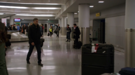 3x13 - Italy Rome Airport (1)