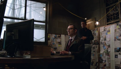 1x05 - Checking background