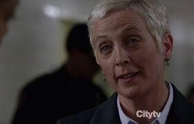 1x21 - Marianne Nichols
