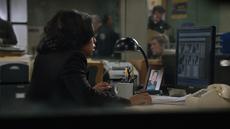 1x11 - Fusco's desk