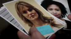 2x22 - Jessica's photo in safe
