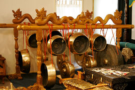 Traditional indonesian instruments04