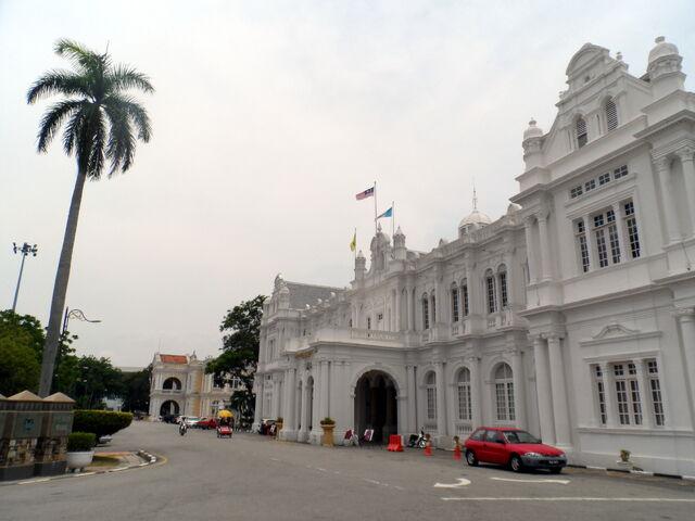 File:Esplanade Road, George Town, Penang.JPG