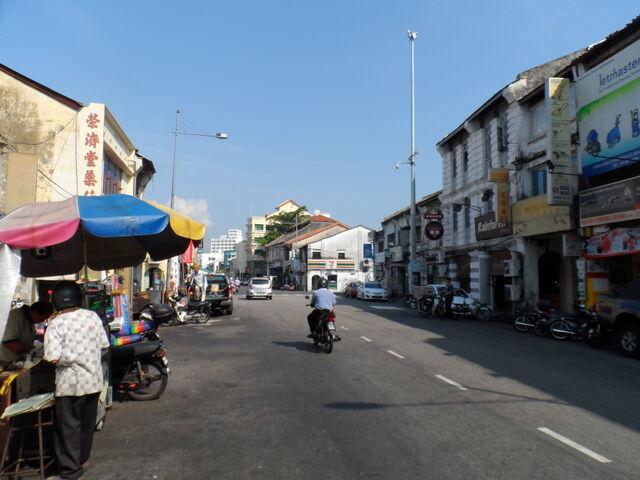 File:Chulia Street, George Town, Penang (2).jpg