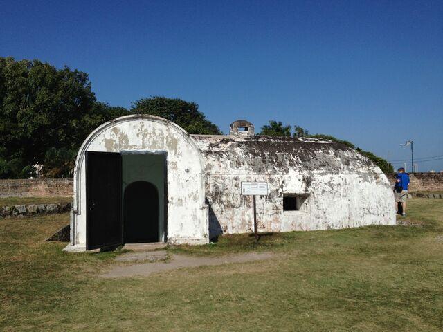 File:Fort Cornwallis munitions storeroom, George Town, Penang.JPG
