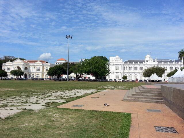 File:Padang Esplanade, George Town, Penang.jpg