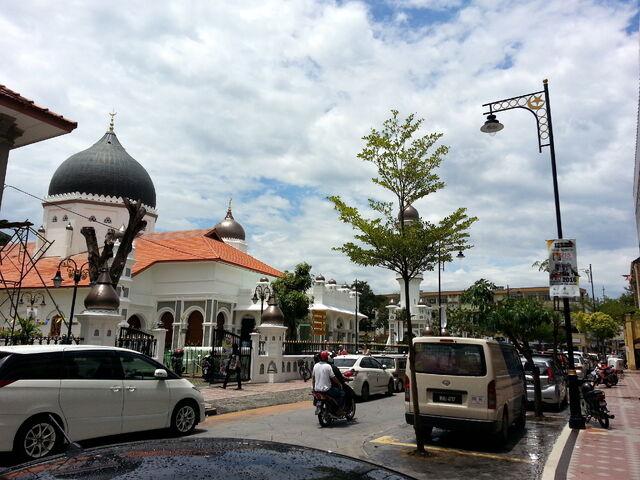 File:Buckingham Street, George Town, Penang.jpg