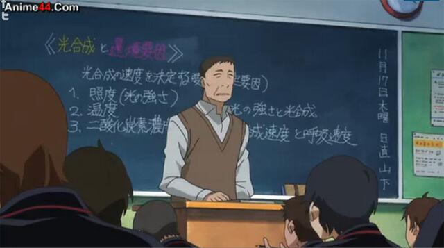 File:Look at blackboard.jpg