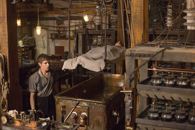 File:Victor-at-work-penny-dreadful-s2e1.jpg