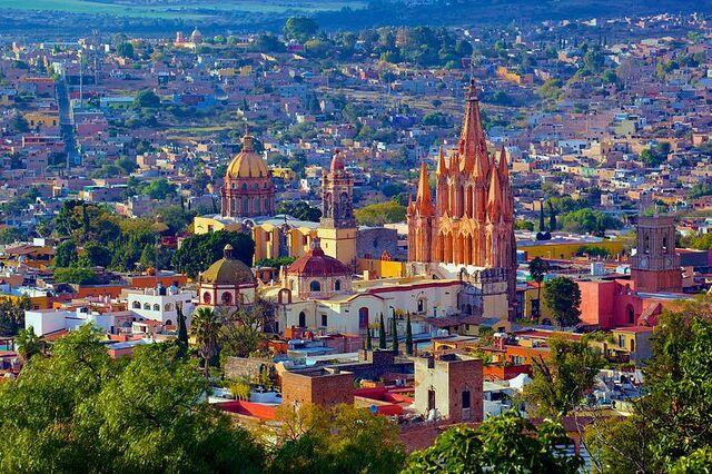 File:San Miguel de Allende sky.jpg